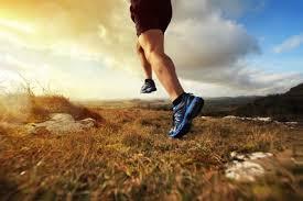 Courir médio-pied à basse vitesse (en vidéo)